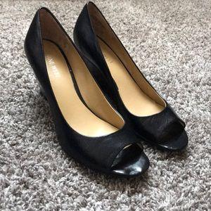 Nine West get wit it black leather peep toe wedge